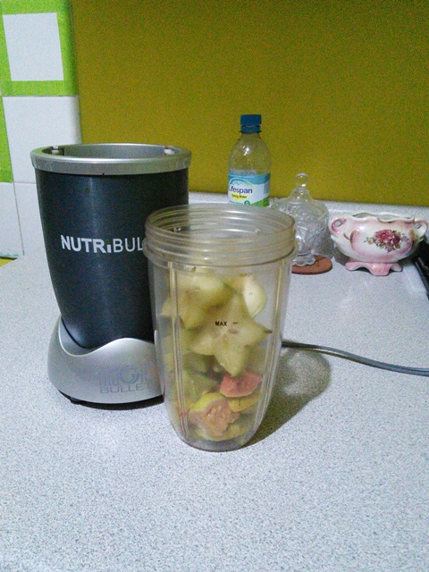 nutribullet with fruits